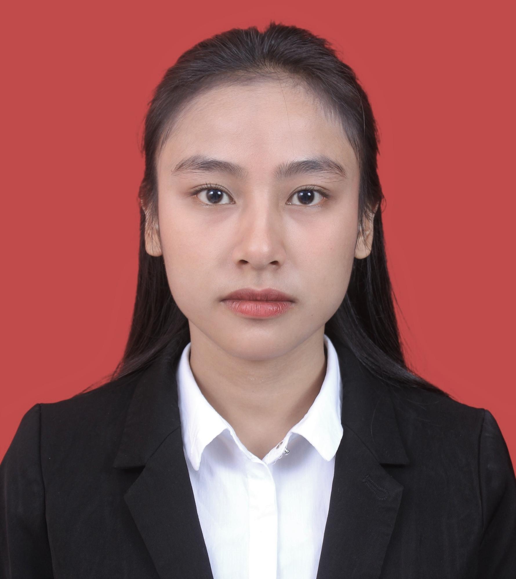 Ms Maulia Mahirani